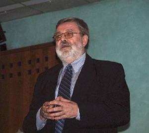 DR Michael Kucera